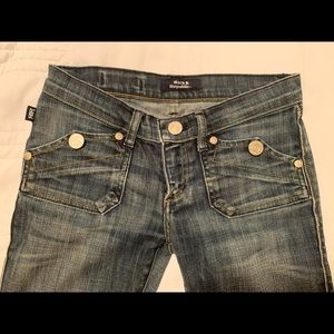 Rock and Republic Jeans size 25